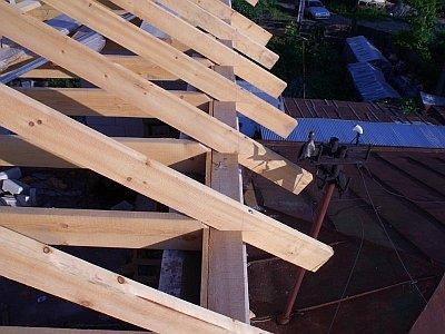 Устройство двухскатной крыши своими руками