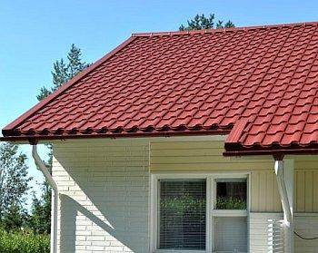 Чем крыть крышу частного дома
