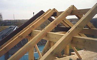 Spajanje rogova na krovu