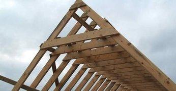 Монтаж двухскатной крыши – строим правильно