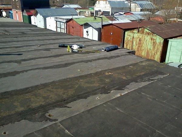 Угловая квартира дует от стены